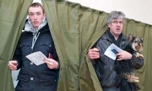 two-men-leave-polling-boo-007