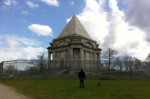 cobham-mausoleum-walk-15-apr-12-2-comp2